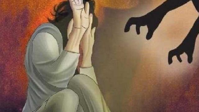 ঝাড়ফুঁকের নামে তরুণীকে ধর্ষণের অভিযোগ
